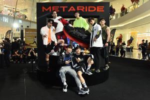 """""""เต้ย พงศกร"""" นำทัพนักแสดงไทย สัมผัสนวัตกรรมใหม่ในงานเอสิคซ์เปิดตัว METARIDE™ รองเท้าที่จะมาเปิดประวัติศาสตร์หน้าใหม่ของการวิ่งระยะไกลตอกย้ำความเป็นผู้นำวงการกีฬา"""