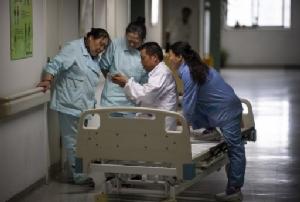 จีนรักษาแชมป์ระบบสาธารณสุขที่ใหญ่ที่สุดในโลก มีหมอ 3.6 ล้านคน