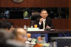 """""""บิ๊กจิน"""" ไม่ปิดตาย พรรคภูมิใจไทยเสนอปลดล็อคกัญชา ขอเก็บข้อมูลมาศึกษาก่อน"""