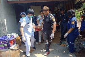 สังเวยร้อนจัด! สลดลุงบุรีรัมย์วัย 56 ปีช็อก ญาติแจ้งกู้ภัยปั๊มหัวใจสุดยื้อเสียชีวิต