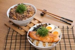 """อิ่มคุ้มสไตล์ญี่ปุ่นกับ """"ราเมนและข้าวหน้าต่างๆ"""" ที่ร้านไทโชเต"""
