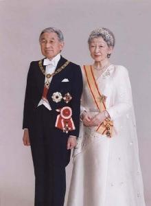 สมเด็จพระจักรพรรดิพระเจ้าหลวง และสมเด็จพระจักรพรรดินีพระพันปีหลวง (ที่มา : สำนักพระราชวังญี่ปุ่น)