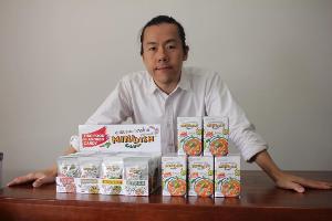 """เป็นไปแล้ว! ต้มยำกุ้ง แกงเขียวหวาน ถูกย่อส่วนเป็น """"ลูกอมรสอาหารไทย"""" ขายต่างชาติ"""