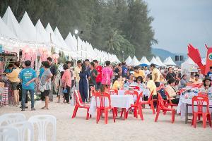 ท่องเที่ยวและกีฬาจังหวัดพังงา จัดเทศกาลอาหารทะเลตะกั่วป่า ยกระดับคุณภาพความปลอดภัย กระตุ้นท่องเที่ยวช่วงโลว์ซีซั่น