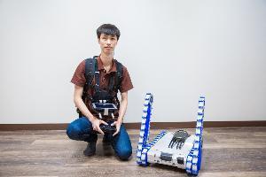 ฟีโบ้ มจธ. พัฒนาหุ่นยนต์เสี่ยงภัยตรวจหาวัตถุระเบิด