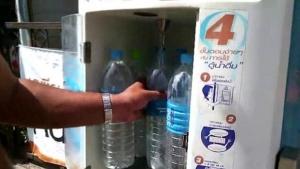 ตู้น้ำดื่มหยอดเหรียญ ก็เช่นกัน คนไม่น้อยก็ไม่แน่ใจว่า ใส่ใจดูแลแผ่นกรองน้ำอย่างสม่ำเสมอหรือไม่