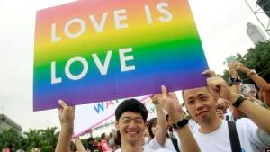"""ไต้หวันไฟเขียว """"แต่งงานเพศเดียวกัน"""" เป็นประเทศแรกในเอเชีย"""