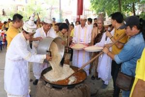 หลายพื้นที่จัดกิจกรรมวันวิสาขบูชา พร้อมร่วมปลูกต้นไม้ ในวันต้นไม้แห่งชาติ