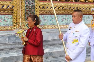 สมเด็จพระกนิษฐาธิราชเจ้าฯ เสด็จฯ เวียนเทียน บำเพ็ญพระราชกุศลเนื่องในวันวิสาขบูชา