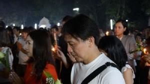 วันสากลโลก!พ่อเมืองอุดรฯนำพุทธศาสนิกชนเวียนเทียนวันวิสาขบูชา