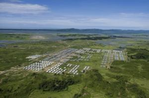 ภาพมุมสูงเผยให้เห็นค่ายแรกรับสำหรับผู้ลี้ภัยโรฮิงญาที่เดินทางกลับประเทศในเมืองหม่องดอ รัฐยะไข่ ของพม่า. -- Agence France-Presse.