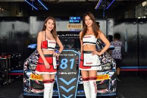 แจ่มว้าว! ยลสาว Race Queen จาก Blancpain GT Series Asia 2019 ส่องรถ BMW M4 GT4 ลายสุดแจ่มจากค่ายใบพัดสีฟ้า
