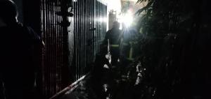 เพลิงไหม้อาคารพาณิชย์ใกล้ศาลเจ้าพ่อเสือ หญิงสูงวัยถูกไฟคลอกเสียชีวิต 1 ราย