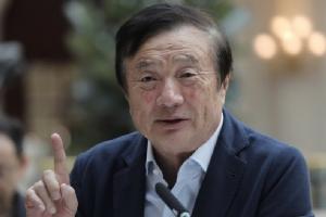 เหริน เจิ้งเฟย ผู้ก่อตั้งและประธานบริหาร 'หัวเว่ย เทคโนโลยีส์' ยักษ์ใหญ่ด้านโทรคมนาคมของจีน (ภาพ - AP)