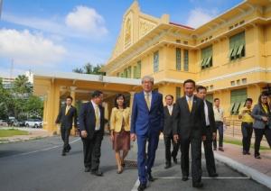 จี้ผู้บริหาร ศธ.ทำงานประสานกัน การศึกษาต้องสร้างเด็กไทยมีทักษะ-บุคลิกค่านิยมเหมาะสม