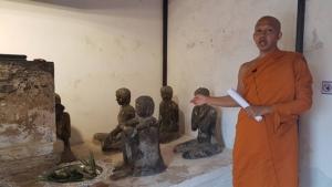 """ชวนเที่ยวงานเล่าขานตำนานเมืองสาปยา อัฏฐมีบูชารำลึก กราบพระพุทธรูปปาง """"แหย่เท้า"""""""