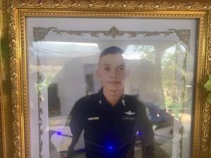 พ่อแม่ชาวศรีสะเกษโวย! ลูกชายทหารเกณฑ์ถูกฆาตกรรม วอนนายกฯ ตรวจสอบให้ความเป็นธรรม