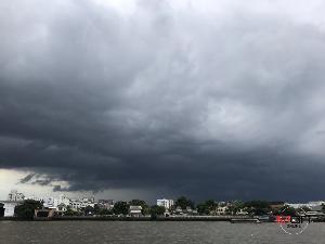 อุตุฯ ประกาศฉบับที่ 1 เตือน 27-30 พ.ค. ฝนตกหนักถล่มทุกภาคทั่วไทย