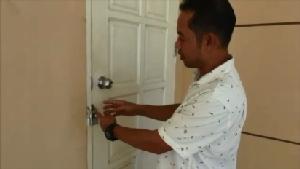 เจ้าของบ้านสุดทน! คดีไม่คืบหลังโจรขึ้นบ้านแทบหมดตัว ติดป้ายประกาศกราบเรียนคุณโจรที่เคารพ
