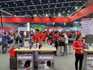 บรรยากาศบูธ Huawei ภายในงาน Thailand Mobile Expo 2019