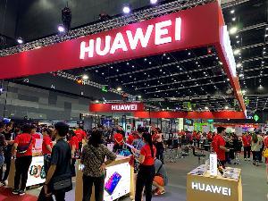 Huawei อ่วม คนไทยตื่น ข่าวกูเกิลแบน ยอดหด 60%