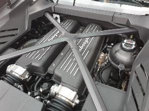 ชิมลาง กระทิงดุ Huracan EVO  แรงให้สุด แล้วหยุดที่ Lamborghini