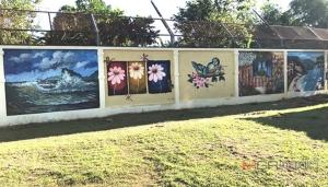 สถานพินิจฯ ตรัง และเยาวชนจิตอาสา สร้างสรรค์งานศิลปะบนกำแพงสูงให้ดูสวยงาม