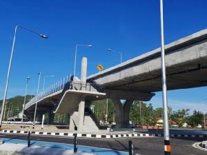 เปิดใช้แล้ว! สะพานข้ามจุดตัดทางรถไฟ บ้านท่าสำเภาใต้ จ.พัทลุง