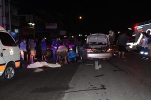ทหารช่างซิ่งเก๋งชนท้ายรถ 10 ล้อบรรทุกไก่ดับคาที่ 3 สาหัส 3 บนถนนราชบุรี-จอมบึง