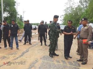 จนท.กรมทรัพย์ฯ ลุยตรวจสอบขยายถนนผ่านป่าชายเลน สร้างท่าเรือขนส่งแร่ในสิเกา