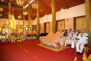 ในหลวง โปรดเกล้าฯ ผู้แทนพระองค์ บำเพ็ญพระราชกุศลทักษิณานุปทาน 15 วัน พล.อ.เปรม ติณสูลานนท์