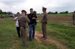 เดนคุก กลัวโดนจับซ้ำ ยิงใส่ตำรวจจนหมดโม่ สุดท้ายโดนยิงสวน ดับคาที่
