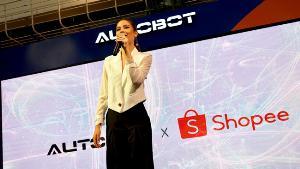 """""""ญาญ่า อุรัสยา"""" ร่วมงานเปิดแคมเปญ Autobot x Shopee 6.6 พร้อมแนะการดูแลสุขภาพด้วยการดูแลเรื่องใกล้ตัว"""