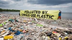 แคนาดา เกาะกลุ่มจี 7 ประกาศแบนพลาสติกที่ใช้ครั้งเดียวทิ้ง ต้นปี 2021