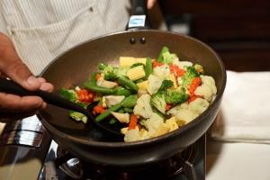 """กินผักล้างโรค! โปรแกรมเปลี่ยนชีวิต """"เวลเนสวีแคร์"""" สุขภาพดีสร้างได้!"""