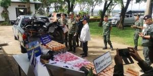 นรข.สนธิกำลังทหารค้นหมู่บ้านริมโขง ยึดยานรกได้เพียบทั้งยาบ้า ยาไอซ์ กัญชา