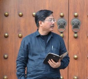 รศ.ดร.พิชาย รัตนดิลก ณ ภูเก็ต คณบดีคณะพัฒนาสังคมและสิ่งแวดล้อม สถาบันบัณฑิตพัฒนาบริหารศาสตร์ (นิด้า)