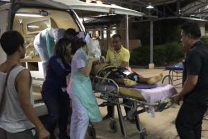 สุดเศร้า! สาวท้อง 7 เดือนขับเก๋งชนกระบะไฟลุกท่วมทัวร์ชนซ้ำ ล่าสุดลูกในท้องเสียชีวิตแล้ว