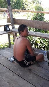 นึกว่าผีหลอก! พบหนุ่มลอยน้ำกลางวันแสกๆ กู้ภัยเจอลืมตาปรือจังๆ ที่แท้เมา-นอนแช่คลองเอาจมูกโผล่