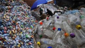 ยากหรือไม่! บอกให้คนไทยลดใช้พลาสติก