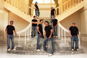 """8 สมาชิกวงแกรนด์เอ็กซ์ ยืนยันจัดคอนเสิร์ตปิดตำนาน """"แกรนด์เอ็กซ์ บริบูรณ์"""" ตามปกติ"""