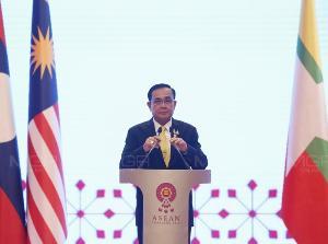 นายกฯ เผยอาเซียนจับมือชิงเจ้าภาพบอลโลก 2034 ลั่นไม่เกินเดือนหน้าไทยเดินสู่ปชต.เรียบร้อย