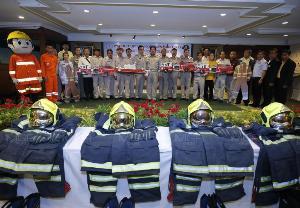 ผู้ว่าฯ กทม. จัดจำหน่ายยานพาหนะพร้อมชุดดับเพลิง ให้แก่องค์กรส่วนท้องถิ่น