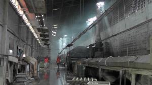 หนีตายกันระทึก! ไฟช็อตพัดลมลามถังทินเนอร์ เผาโรงงานเฟอร์นิเจอร์ดังตาคลีหวิดวอด