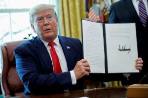 ประธานาธิบดีโดนัลด์ ทรัมป์แห่งสหรัฐฯในวันจันทร์(24มิ.ย.) ลงนามในคำสั่งพิเศษกำหนดมาตรการคว่ำบาตรรอบใหม่เล่นงานอิหร่าน