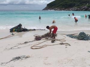 ช่วยได้อีกตัว! เต่าติดซากอวนกลางทะเลเกาะราชาใหญ่