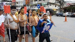 ใกล้แหล่งผลิต! แม่สายตั้งขบวนหน้าด่านฯ รณรงค์ต้านยานรก ด้านพม่ายังปราบหนัก
