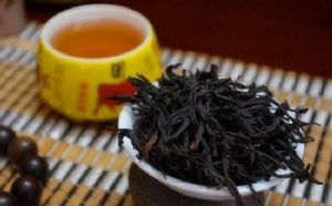 ชาเฟิ่งหวงชง ขอบคุณภาพจาก http://www.sohu.com/a/119235308_202329