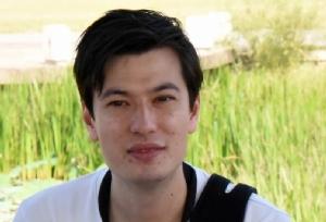 อเล็ก ซิกลีย์ (Alek Sigley) นักศึกษาชาวออสเตรเลียวัย 29 ปี ซึ่งหายตัวไปในกรุงเปียงยางเมื่อไม่กี่วันก่อน
