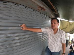 อุกอาจ! โพสต์ล่าหนุ่มต่างด้าวแค้นหนุ่มไทย วางมวยกันเสร็จ-ลากปืนยิงร้านใกล้โรงพักหางดง